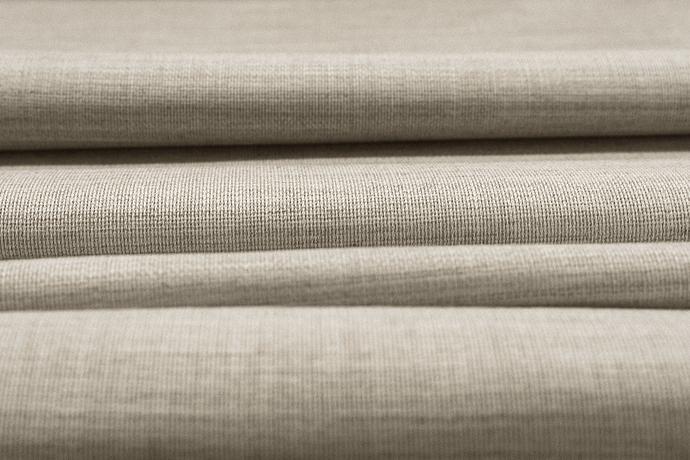 aw20-fox-merino-cloth-1@2x