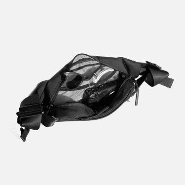 AER11010_citysling_black_interior