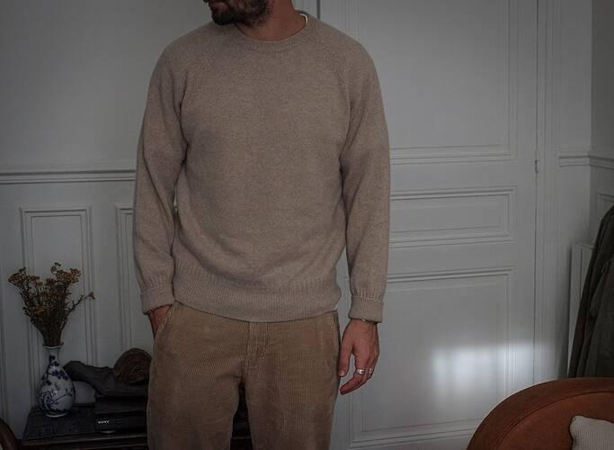 pull-cachemire-homme-tricot-pantalon-velours-norseprojects-royalties-paris-kirk-chaussettes-l-exception-sneakers-blanche-ethique-18